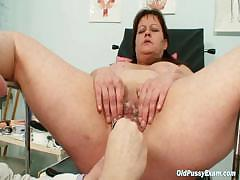 Big tits mom real gyno check..