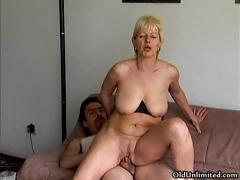 Amateur pretty good mature..