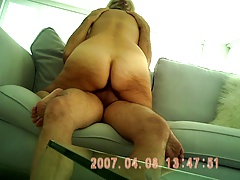HORNY BLONDE GILF RIDES ON..