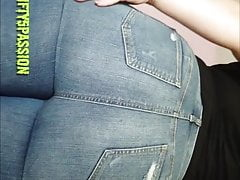 Big spoils Jeans farting