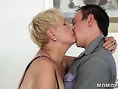 Mature ol lady fucked by..